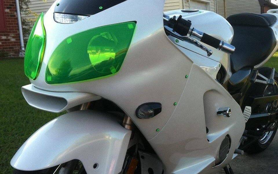 Shimmer Green Pearl Kawasaki front end.